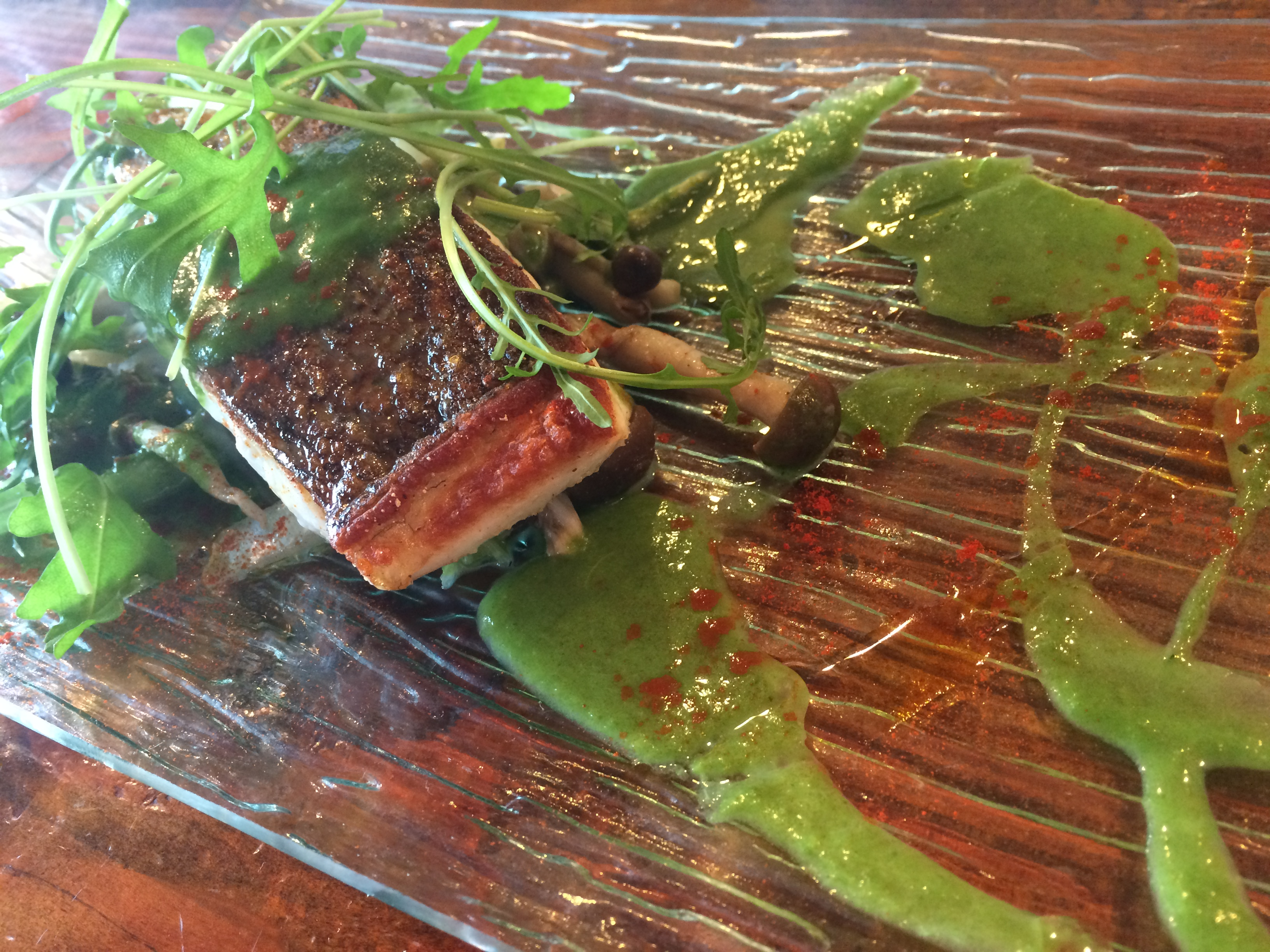 鮮魚のポワレ 菜の花ソースバージョン